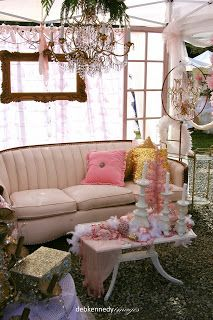 HOMEWARDfound Decor: Pink Holiday