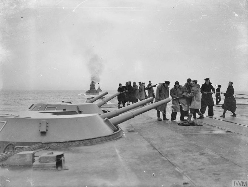 ON BOARD THE AIRCRAFT CARRIER HMS VICTORIOUS  19 AND 20 JANUARY 1942