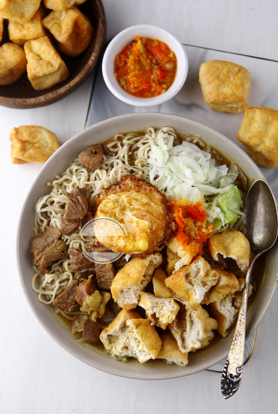 Tahu Campur Fried Tofu And Noodle In Sweet Beef Broth Resep Tahu Resep Makanan Resep Sederhana