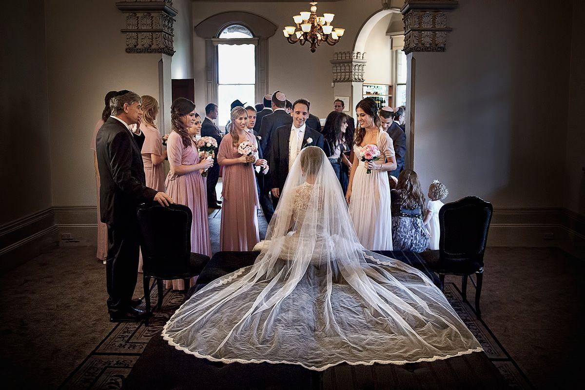 Sydney Jewish Wedding, Curzon Hall Image: Nigel Unsworth Photography www.nigelunsworth.com.au