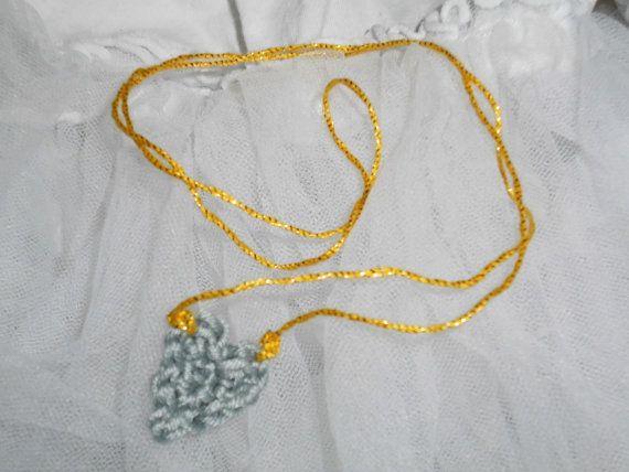 cute little crocheted heart necklace von Lechatsauvage auf Etsy