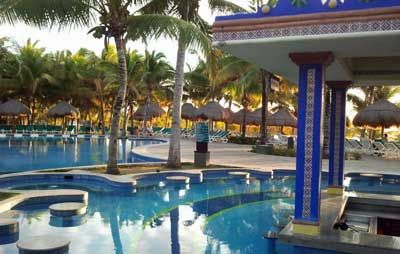 17 Cheapest Caribbean Islands In 2020 For All Inclusive Resorts Caribbean Islands Vacation Cheap Caribbean Islands Caribbean All Inclusive
