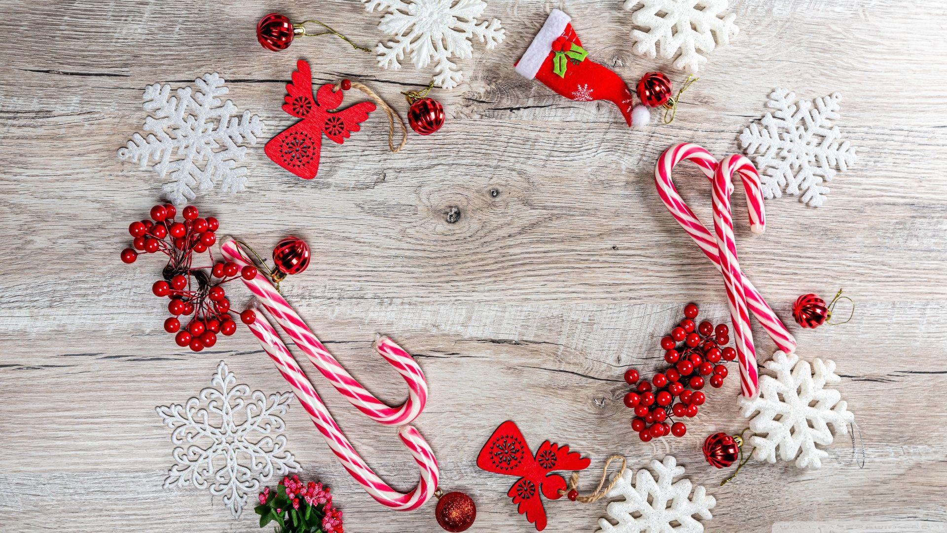 Christmas Decorations 2019 Ultra Hd Wallpaper For 4k Uhd Widescreen Desktop Tablet Smartph Christmas Decorations Holiday Wallpaper Wallpaper