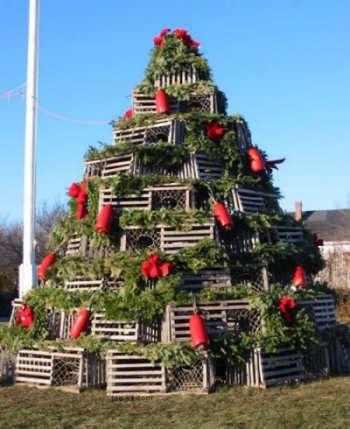 Weird and Funny Christmas Trees   EgoTV