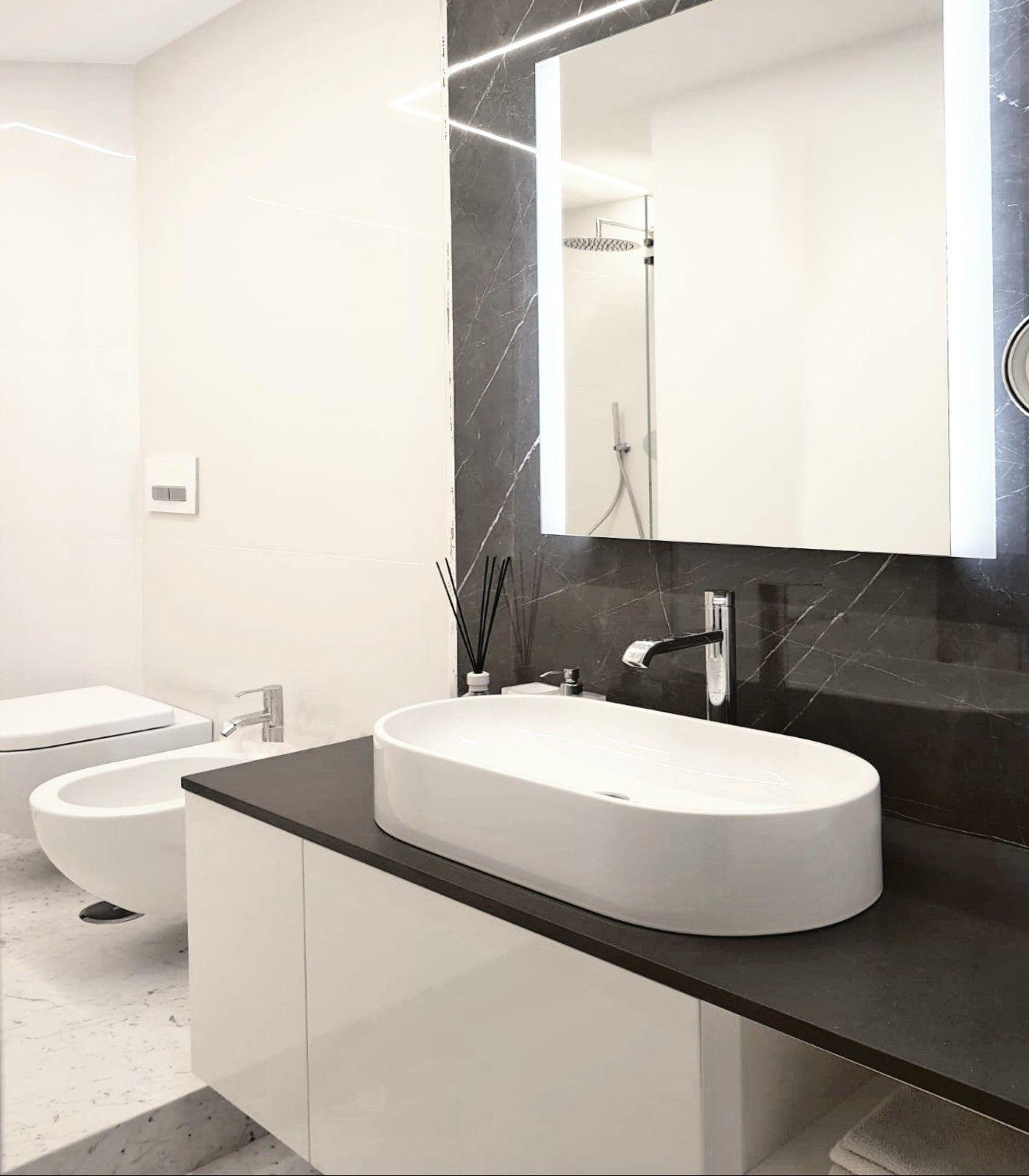Mobile Sotto Mensola Bagno in questo bagno abbiamo realizzato un mobile sotto lavabo su