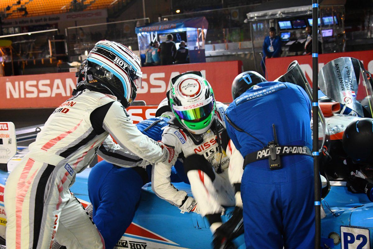 Overnight pics from Sir @chrishoy & @AndreaPizzitol1's efforts at #LeMans24 Check them out: https://t.co/uDCDPoXWVQ https://t.co/G3csYfujtr