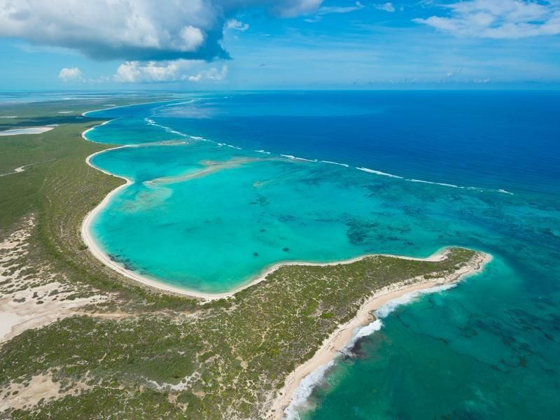 Turks and Caicos  Caribbean luxury real estate:   Luxury Homes, Estates & Properties