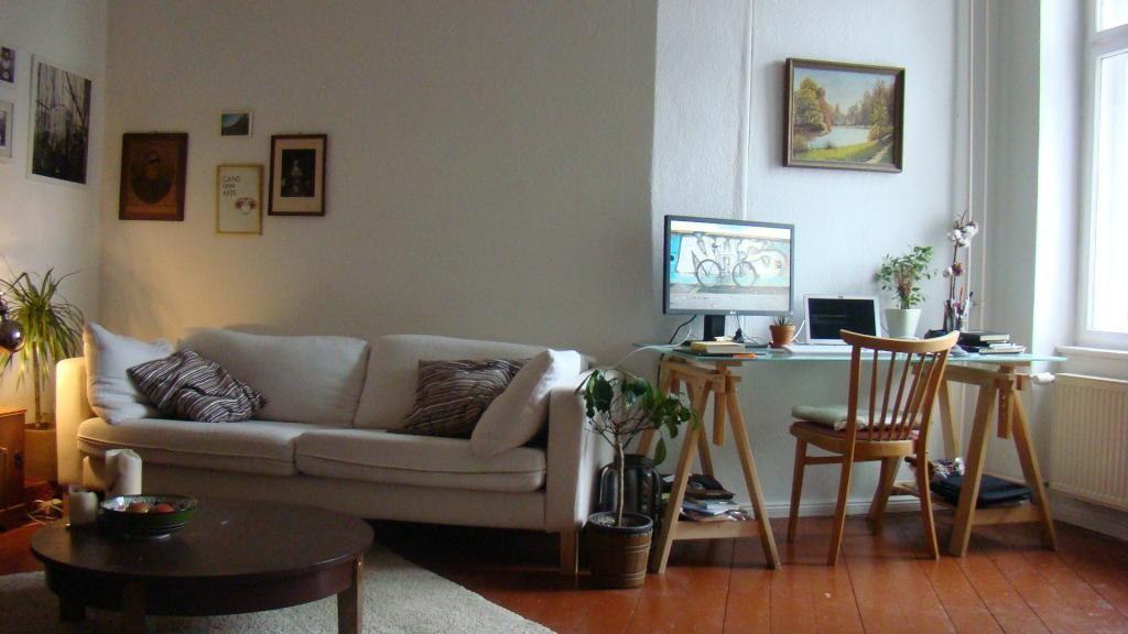 Wohnzimmer Hell ~ Gemütliche wohnzimmerecke im jugendlichen stil sofa hell