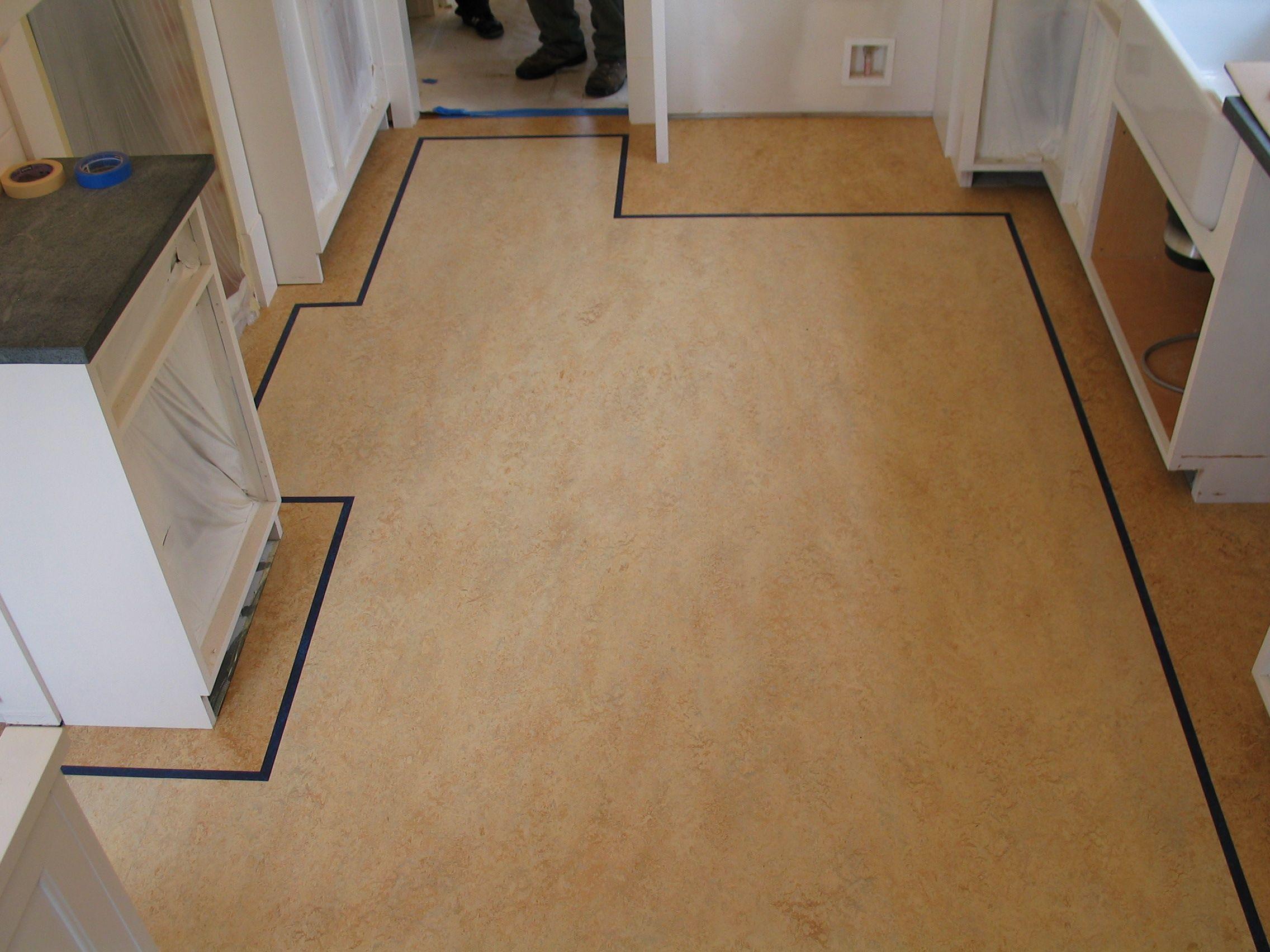 Marmoleum Kitchen Floor With Custom Border Completed By Interior Floor Designs Seattle Wa Floor Design Interior Floor Marmoleum