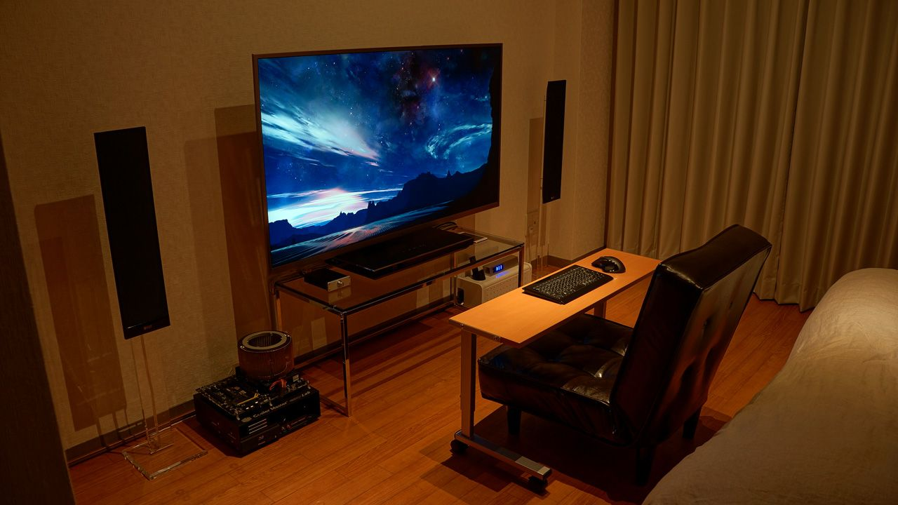 The coolest computer setup ever best gaming setup 2013 for Living room gaming pc