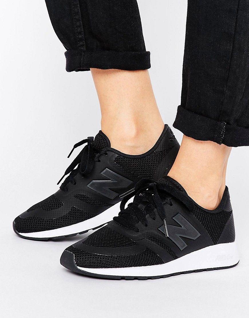 dec81d361e Zapatillas de deporte de micromalla negras 420 de New Balance. Zapatillas  de deporte de New Balance, Exterior de tela, Paneles de malla, Diseño con  cordones ...