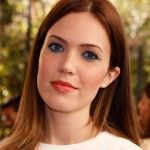How to Get Mandy Moore's Electric Blue Eyeliner   Makeup.com