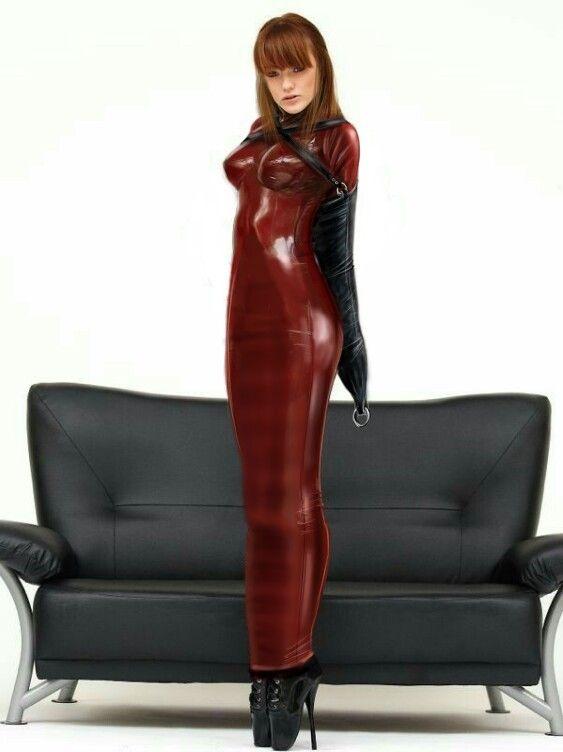 55b75b3240b Gorgeous red headed beauty wearing a long red latex Hobble dress ...
