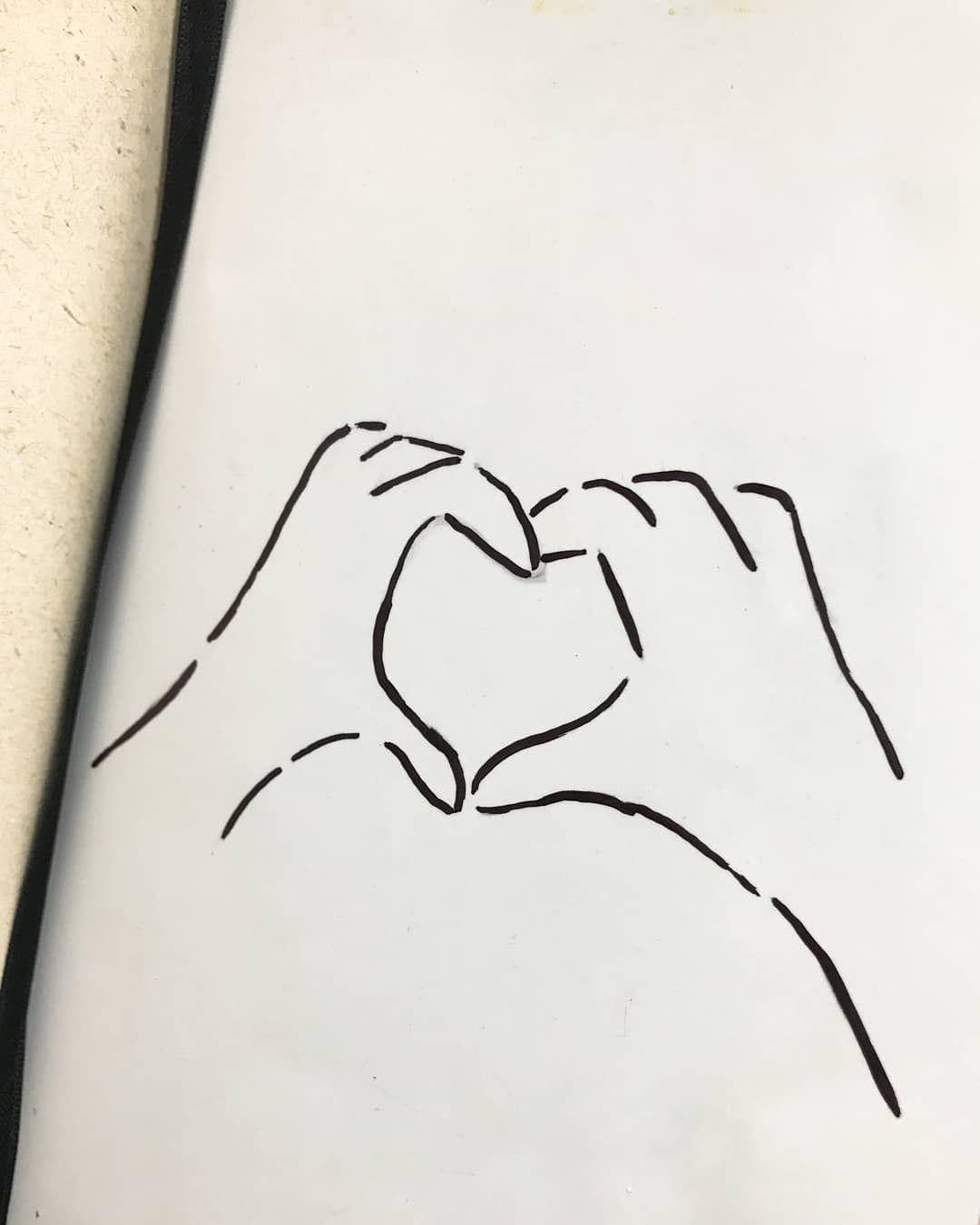 Es Fascinante Como Las Sonrisas Mas Sinceras Son Las Que Acompanan Los Recuerdos Y No Dibujos Para Amigas Faciles Dibujos Para Amigas Dibujos Sencillos De Amor