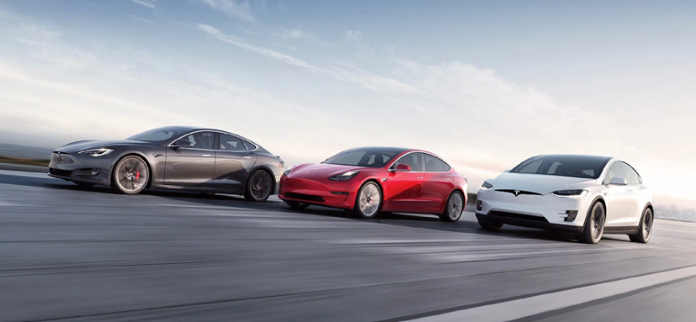Tesla Destroys Expectations Announces Record Deliveries Of 112 000 Cars Electrek In 2020 Tesla Months In A Year Tesla S