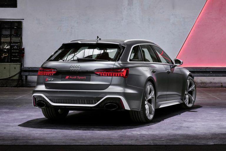 Audi Q8 Black Red You Re Invited Audi Cars Super Luxury Cars Black Audi