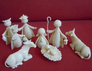 vintage italian plastic nativites | Vintage Plastic 9 Piece Nativity Set Antique White Made in Italy ... I want this so bad it reminds me of the nativity I grew up with!