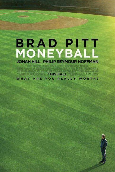 Peak15가 선정한 2011년 11월의 영화는 '머니볼'입니다. 메이저리그 최하위 팀 '오클랜드 애슬레틱스'의 단장인 빌리 빈(브래드 피트)이, 구단 경영 방식과 전략을 바꾸어 팀을 플레이오프에 진출시키기까지의 과정이 흥미롭게 그려진 영화입니다.