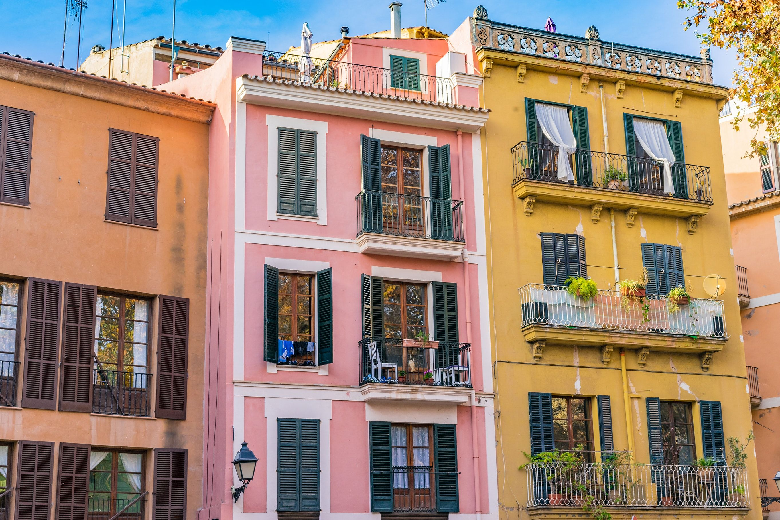Palma de Mallorca Is First Spanish City to Ban Airbnb ...