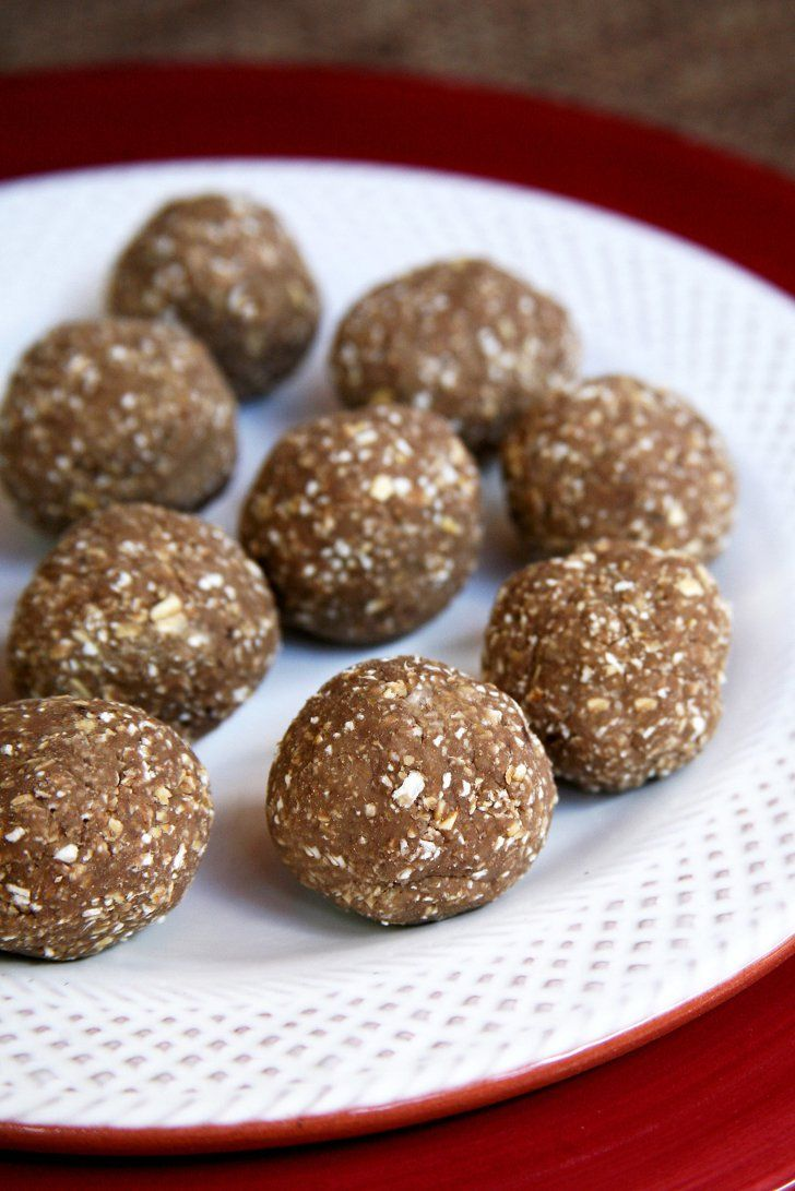 Pin for Later: 11 Healthy Protein Balls to Snack On Between Meals 3-Ingredient Vegan Post-Workout Protein Balls Get the recipe here:  3-Ingredient Vegan Post-Workout Protein Balls