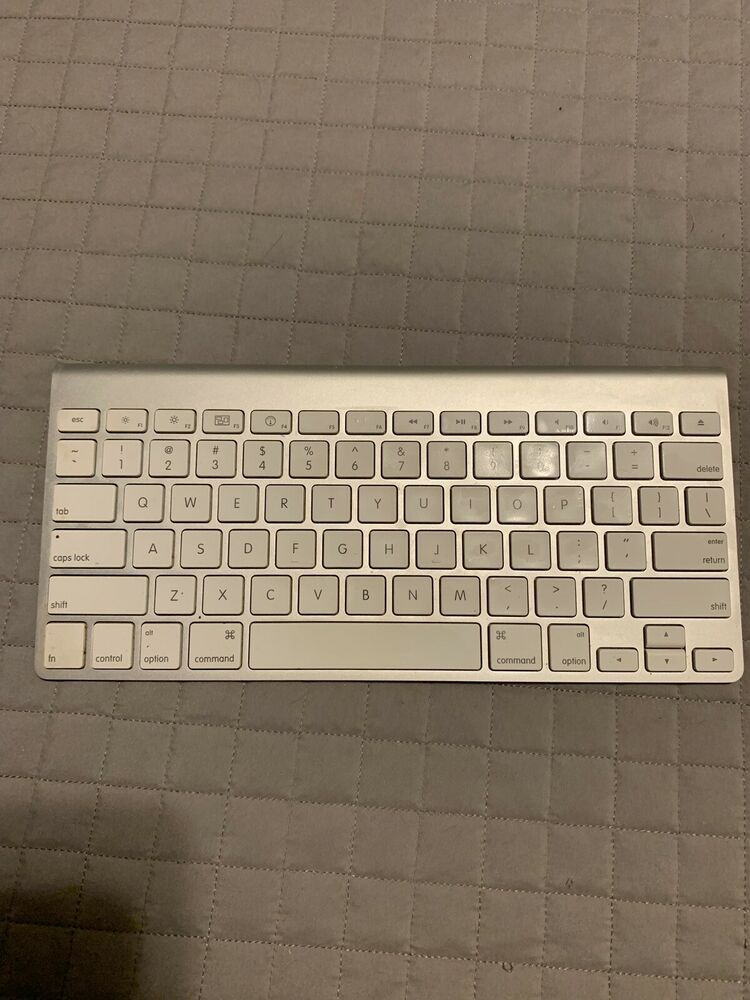 585defa7f13 Apple A1314 MC184LL/B Wireless Keyboard #afflink Contains affiliate links.  When you click