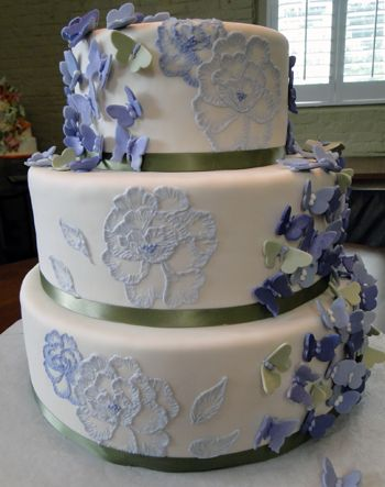 Brush Embroidery Wedding Cake Design By Linda Peppers Designer I Started Decorating Using The Technique Of When It Was