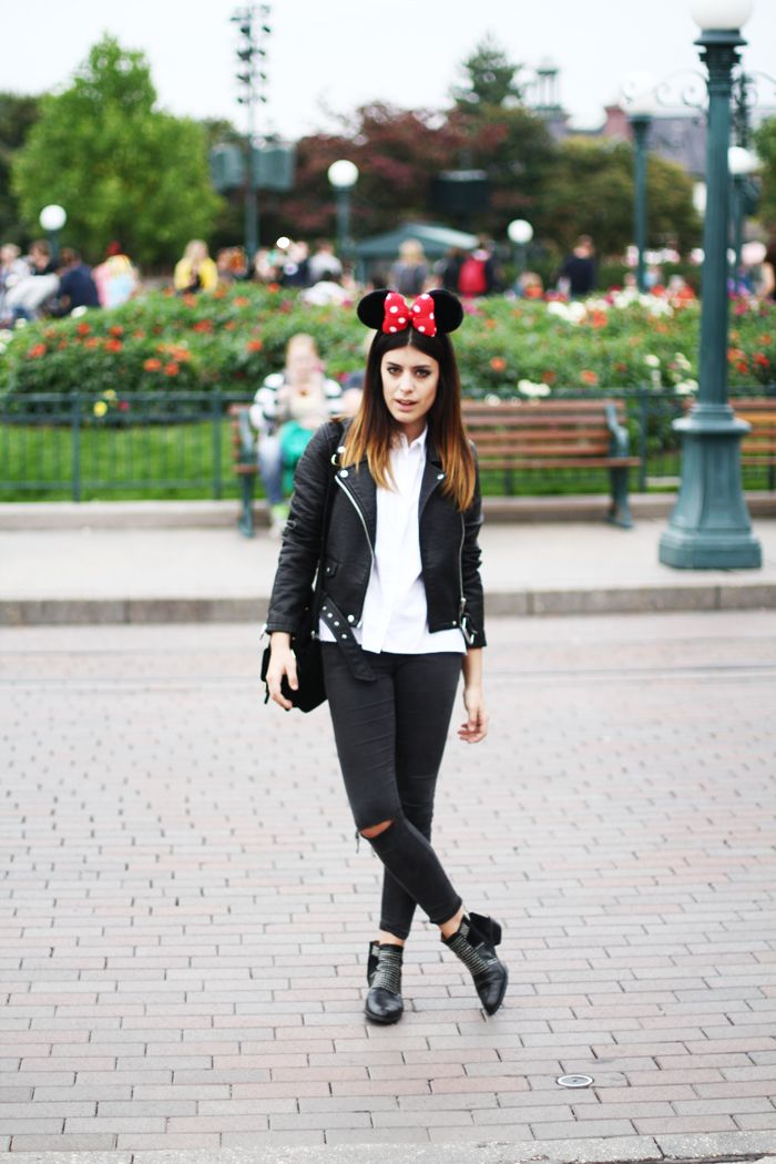 Dulceida DISNEYLAND PARIS | Bloggers outfits | Pinterest | Disneyland outfits Clothes and ...