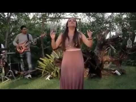 Letra Musica Deixa Eu Te Usar Sarah Farias Lindo Video Clipe