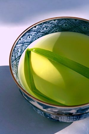 """""""Lemongrass Tea ; a delirious indulgence that sends my fantasy floating into spring gardens, orchard blooms and flowing kimonos exchanging careless whispers :)"""" - Mahvash"""