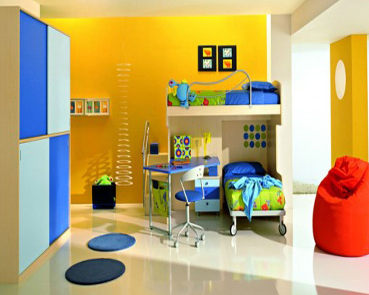 Bedroom colors blue and red - This Room Is An Example Of A Triadic Color Scheme Because It Uses Colors Equal Distance From Each Other On The Color Wheel Blue Yellow And Red