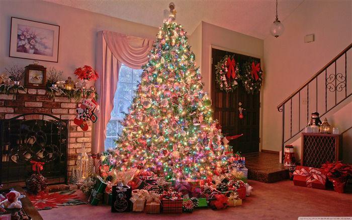 christmas tree-Christmas items - jewelry Desktop Wallpaper