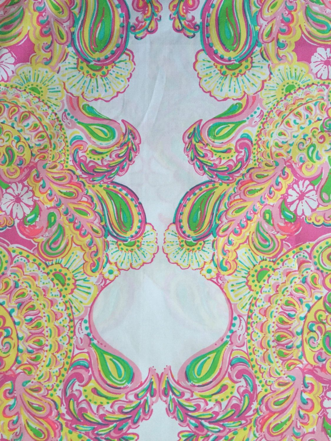 Lilly Pulitzer's Double Trouble White Center Border Print