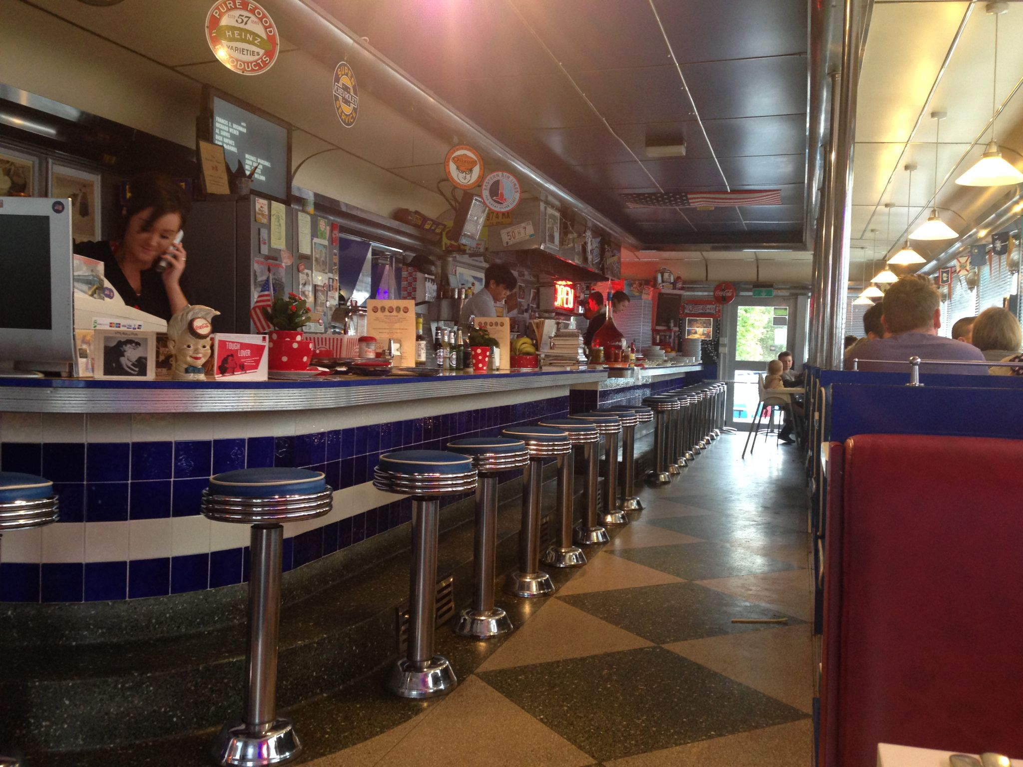 American \'50s diner in the UK | Retro Diner Style Rocks! | Pinterest