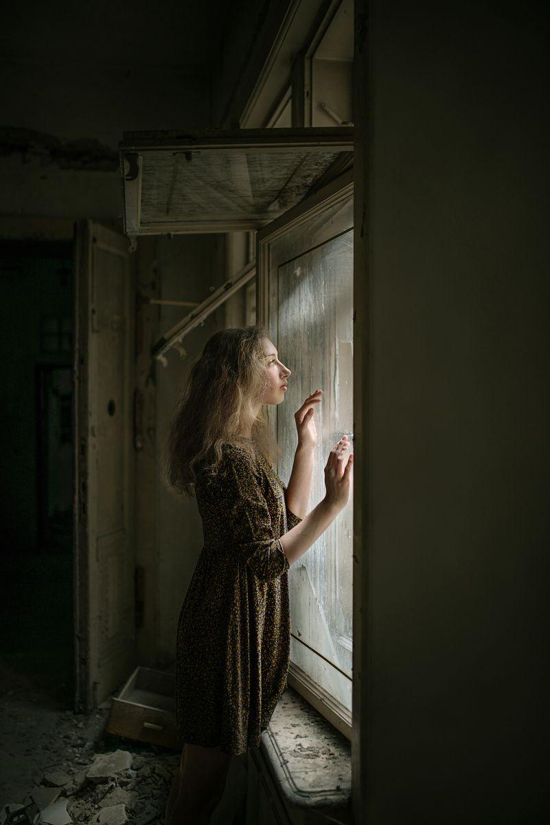 """Abandoned"" — Photographer: Irma Kanova – IRMA FOTO Model: Tereza Hrbkova"