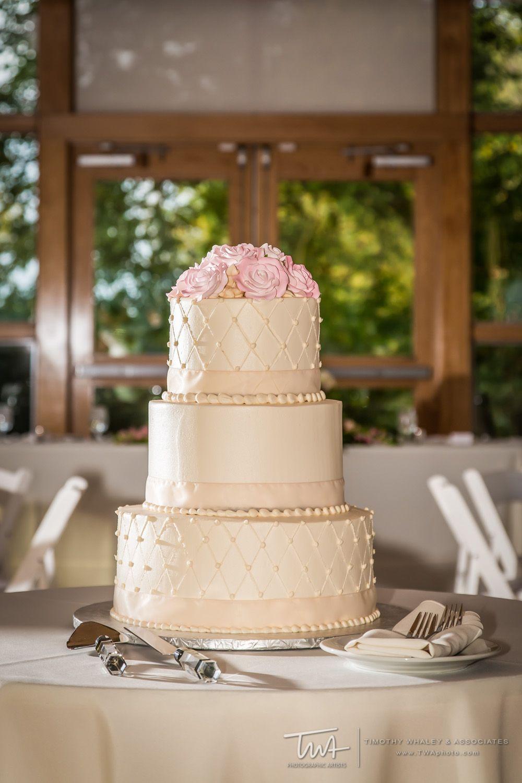 Clic Wedding Cake Twa Photography Chicago