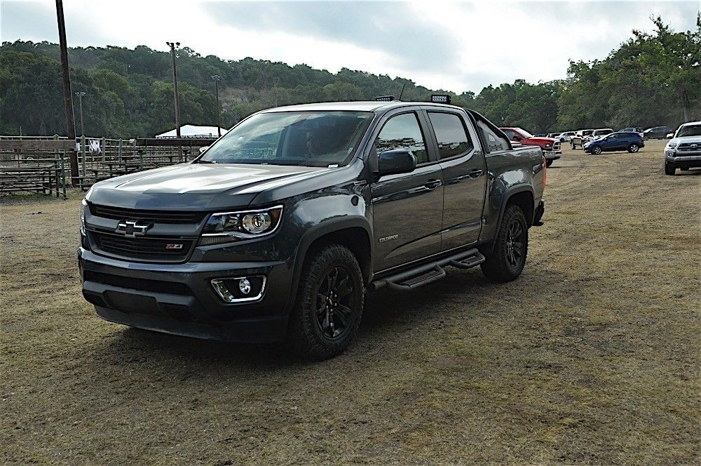 2016 chevrolet colorado z71 trail boss diesel first impressions review dsc0305 automobile. Black Bedroom Furniture Sets. Home Design Ideas