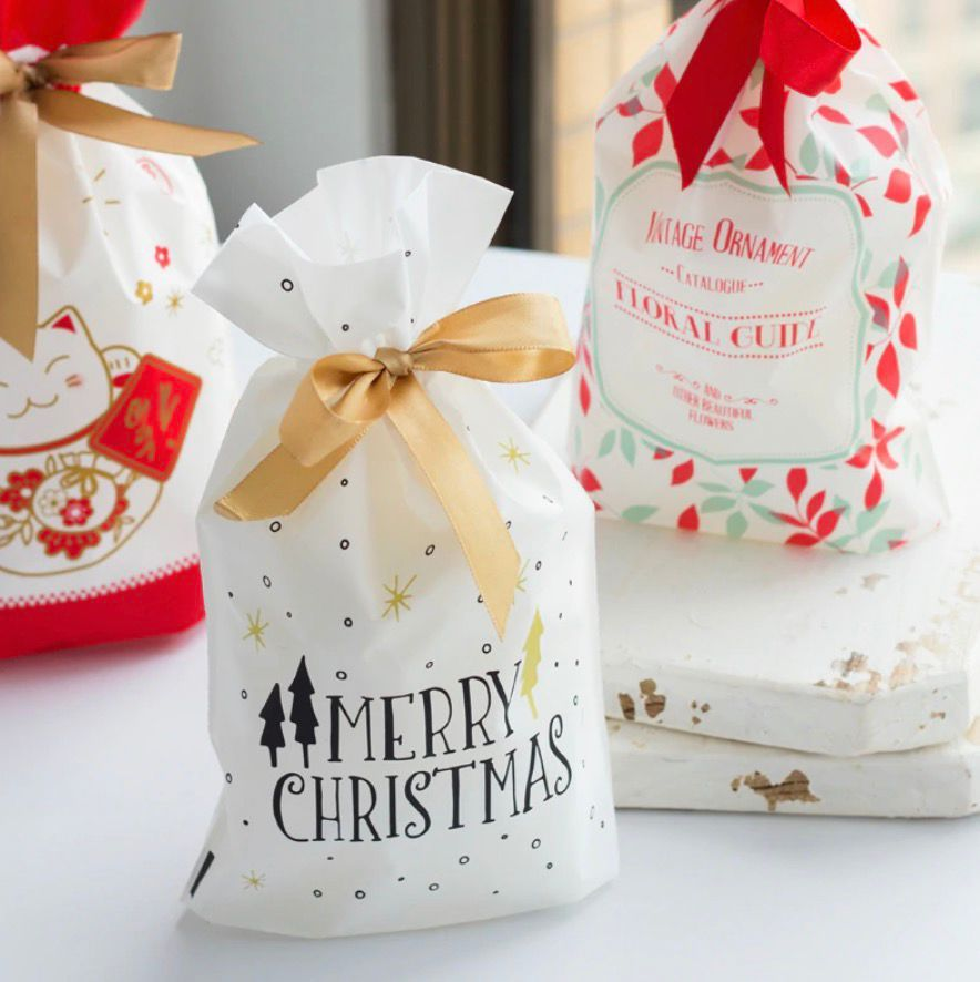 €0.92 15% de réduction|10 pièces arbre de noël doré cadeau sacs Biscuit en plastique gâteau cordon sac pour noël fête décoration de la maison bolsas regalo navidad-in Sacs-cadeaux et emballages from Maison & Animalerie on AliExpress #truffesauchocolat