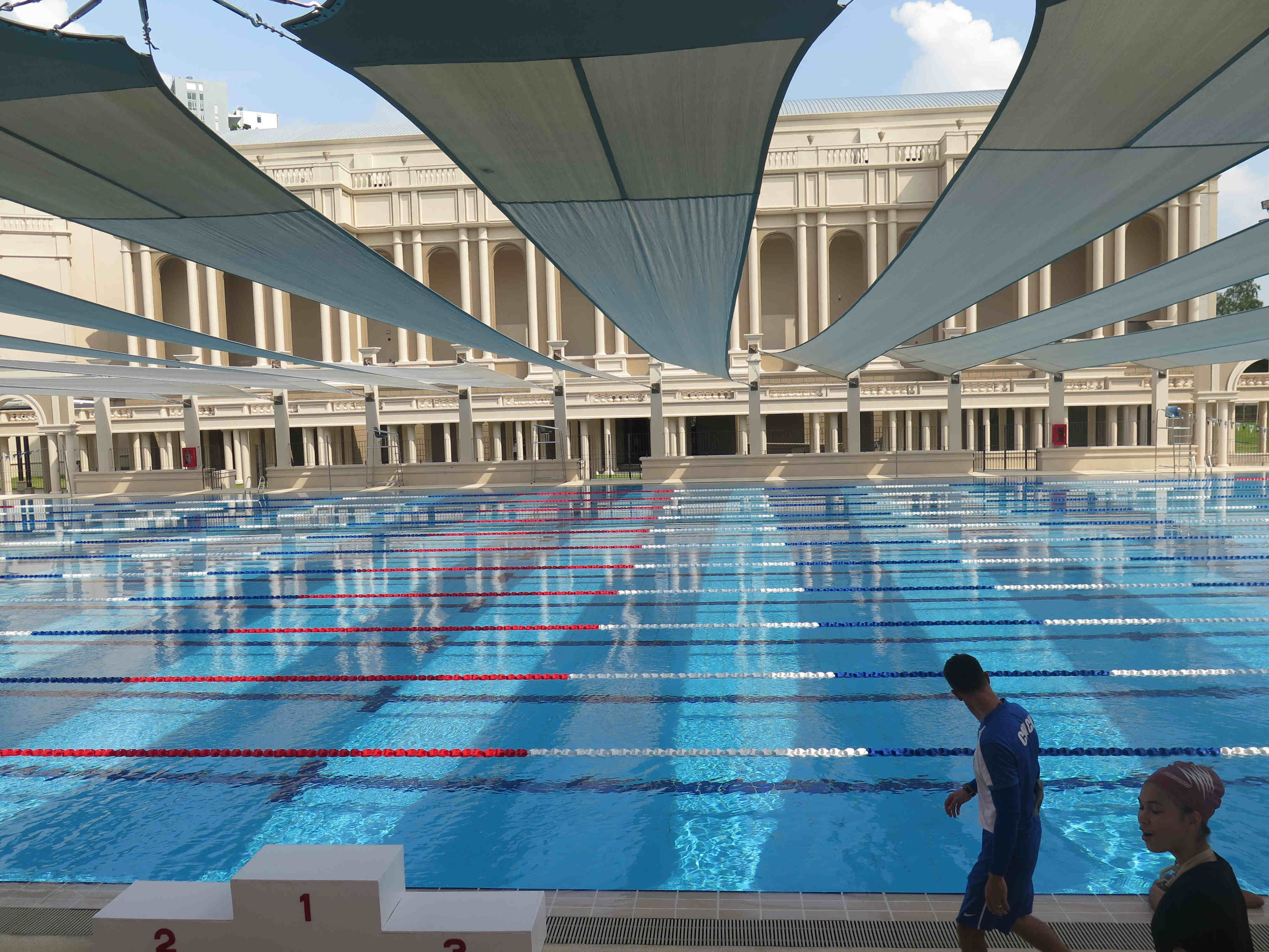 Berkeley S New Swimming Pool Complex