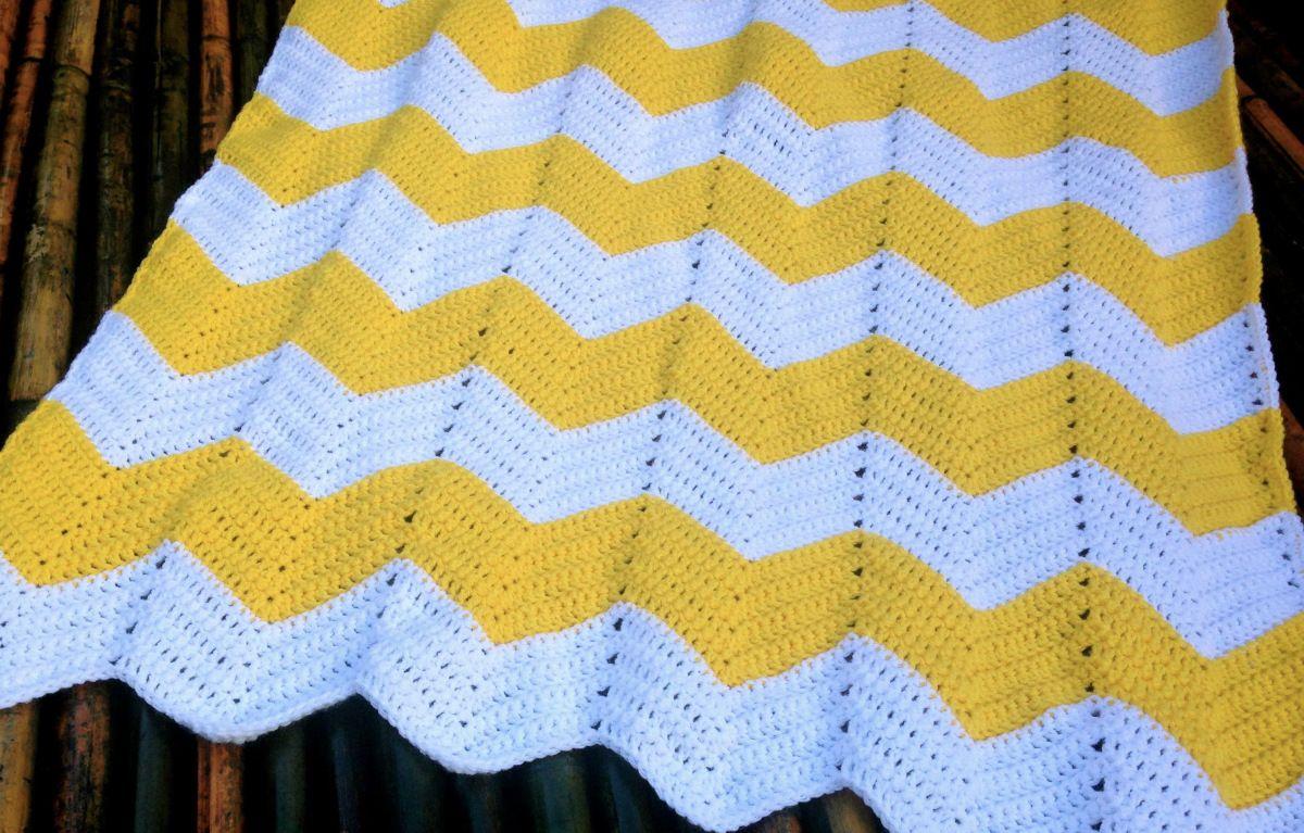 Chevron baby blanket free crochet pattern chevron baby blankets chevron baby blanket free crochet pattern bankloansurffo Choice Image