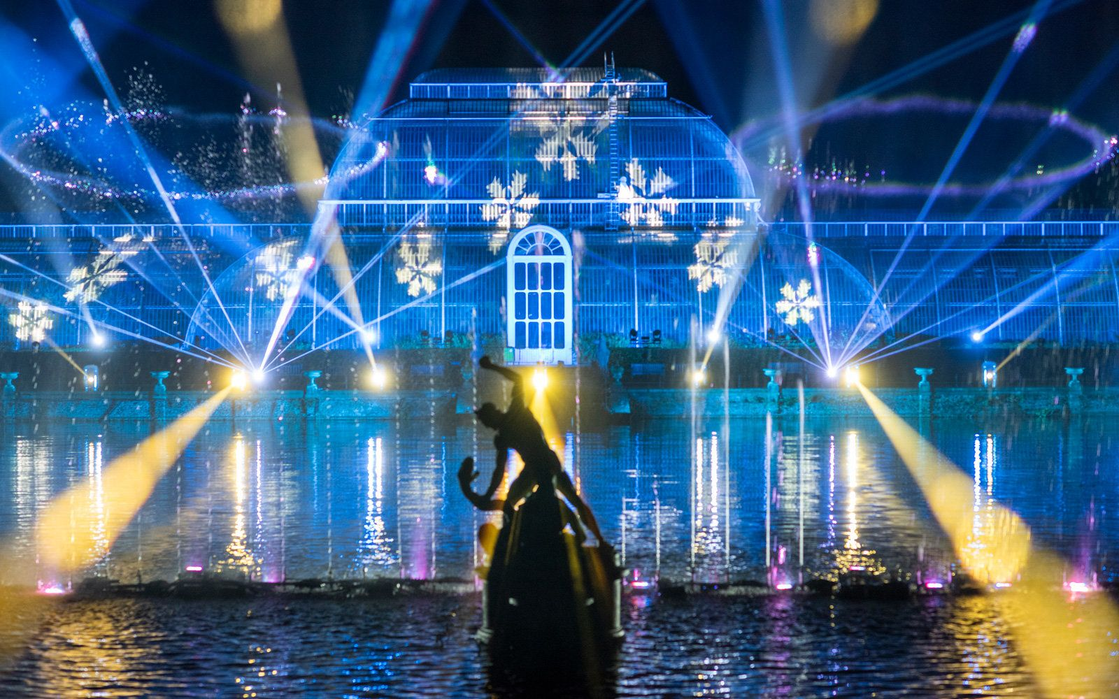 Christmas At Kew Gardens Is A Magical Winter Wonderland In 2020 Kew Gardens Kew Christmas Light Show