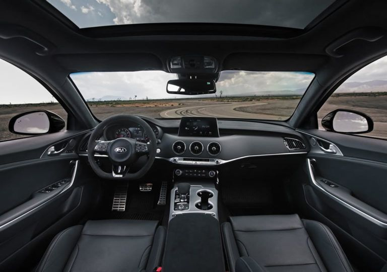 2020 Kia Stinger Gts Interior Kia Stinger Gts Kiastinger Luxurycars Sedan Cars Automobile Autos Newcars Autom Otomatik şanzıman Otomobil Direksiyon
