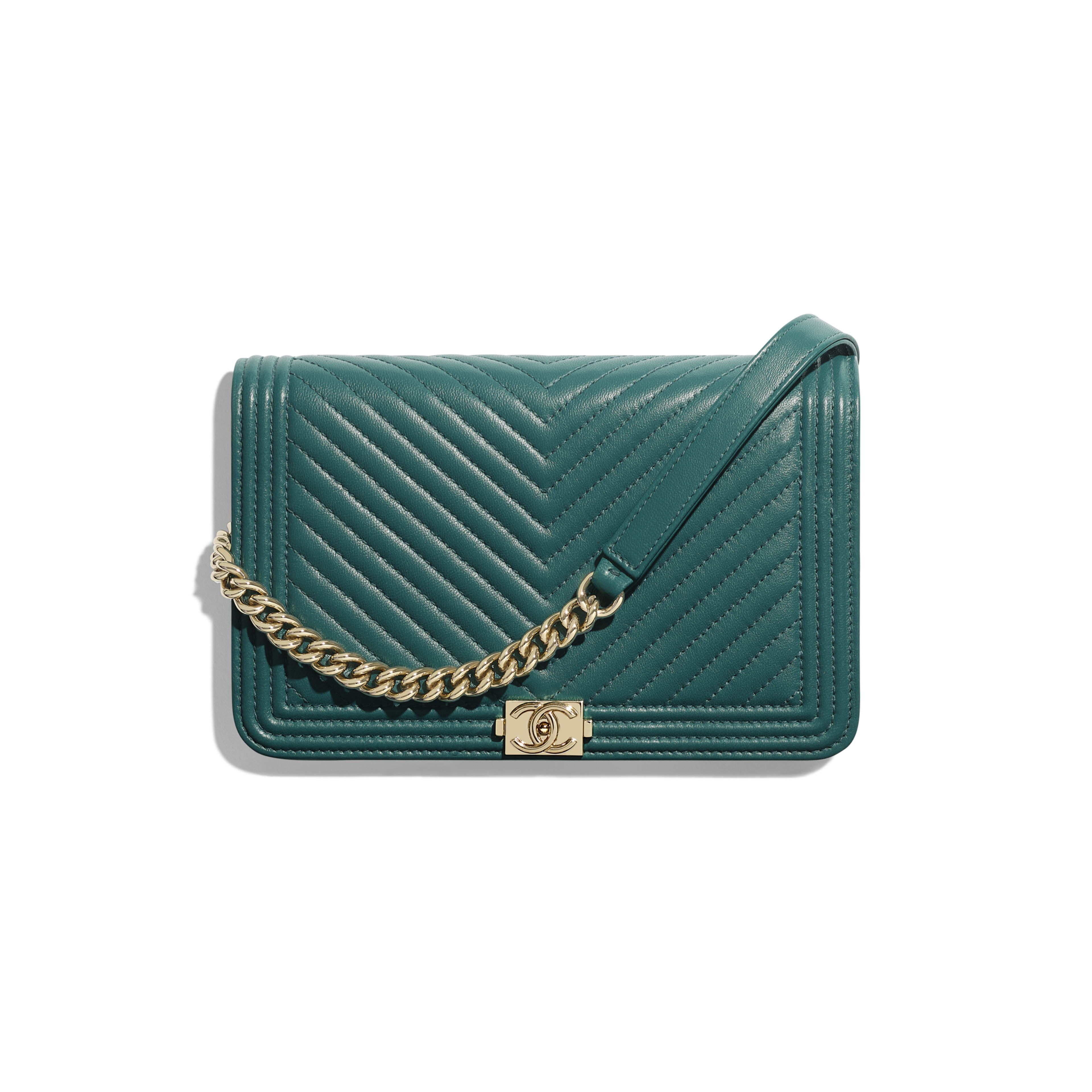 8228d96c339561 BOY CHANEL Wallet on Chain - Turquoise - Lambskin & Gold-Tone Metal -  Default view - see full sized version