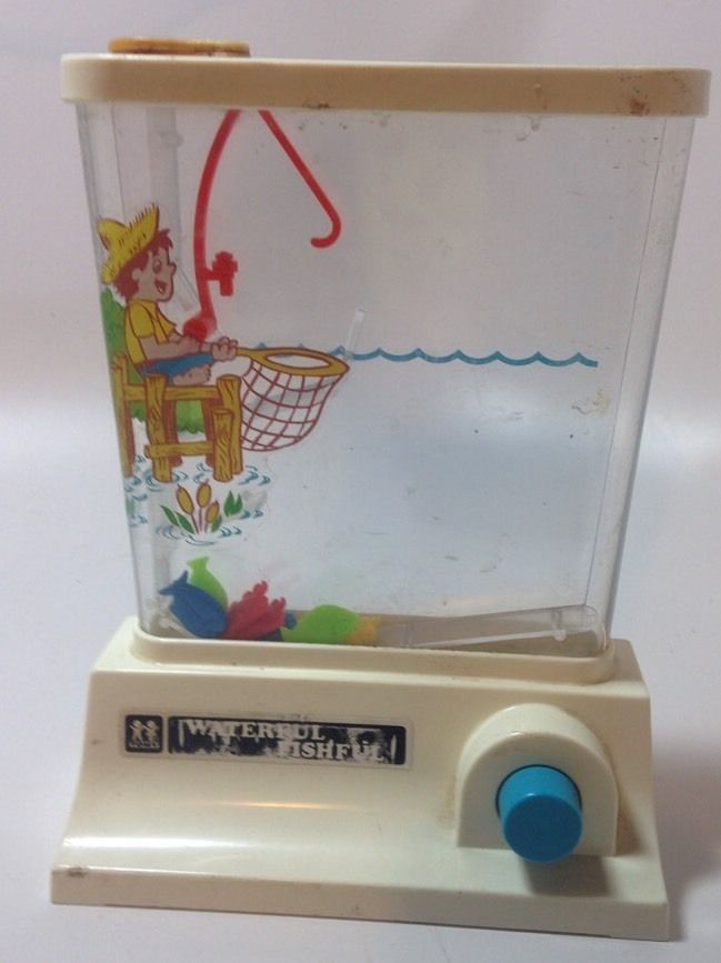 Fish Toy Game 70s : Vintage tomy wonderful waterful water toy game fishful