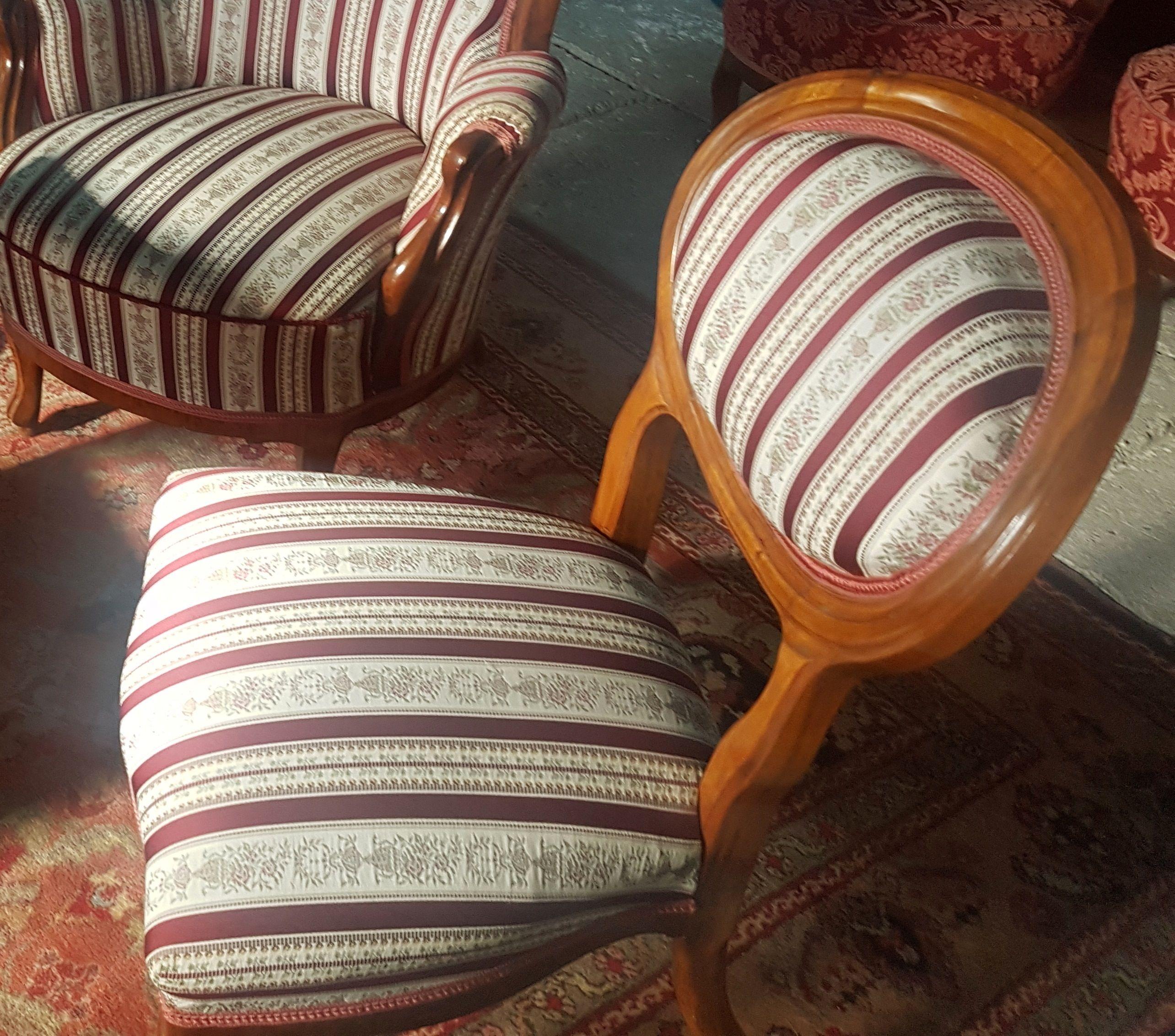 Biedermeier garnitúra, eladó antik bútorok Antik bútorok
