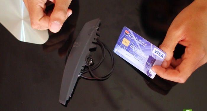 خطير هكذا تسرق معلومات اي بطاقة مصرفية بإستعمال ادوات منزلية فقط وجرب بنفسك ! #tech #technology #الاخبار_التقنية #تكنلوجيا #امن_المعلومات