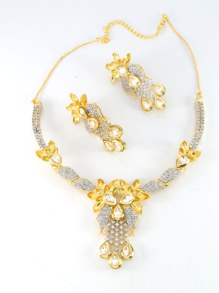 Cheap Wholesale Necklaces in CZ and Kundan Stones. Medium