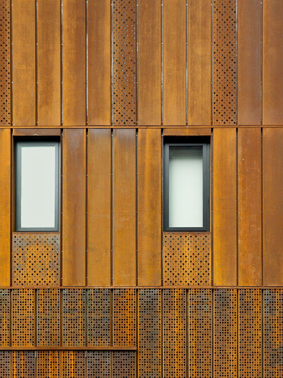 corten steel facade google s gning afgang. Black Bedroom Furniture Sets. Home Design Ideas