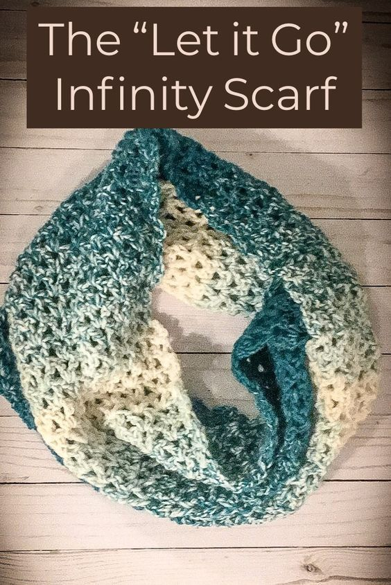 "The ""Let it Go"" Infinity Scarf #crochetscarves"