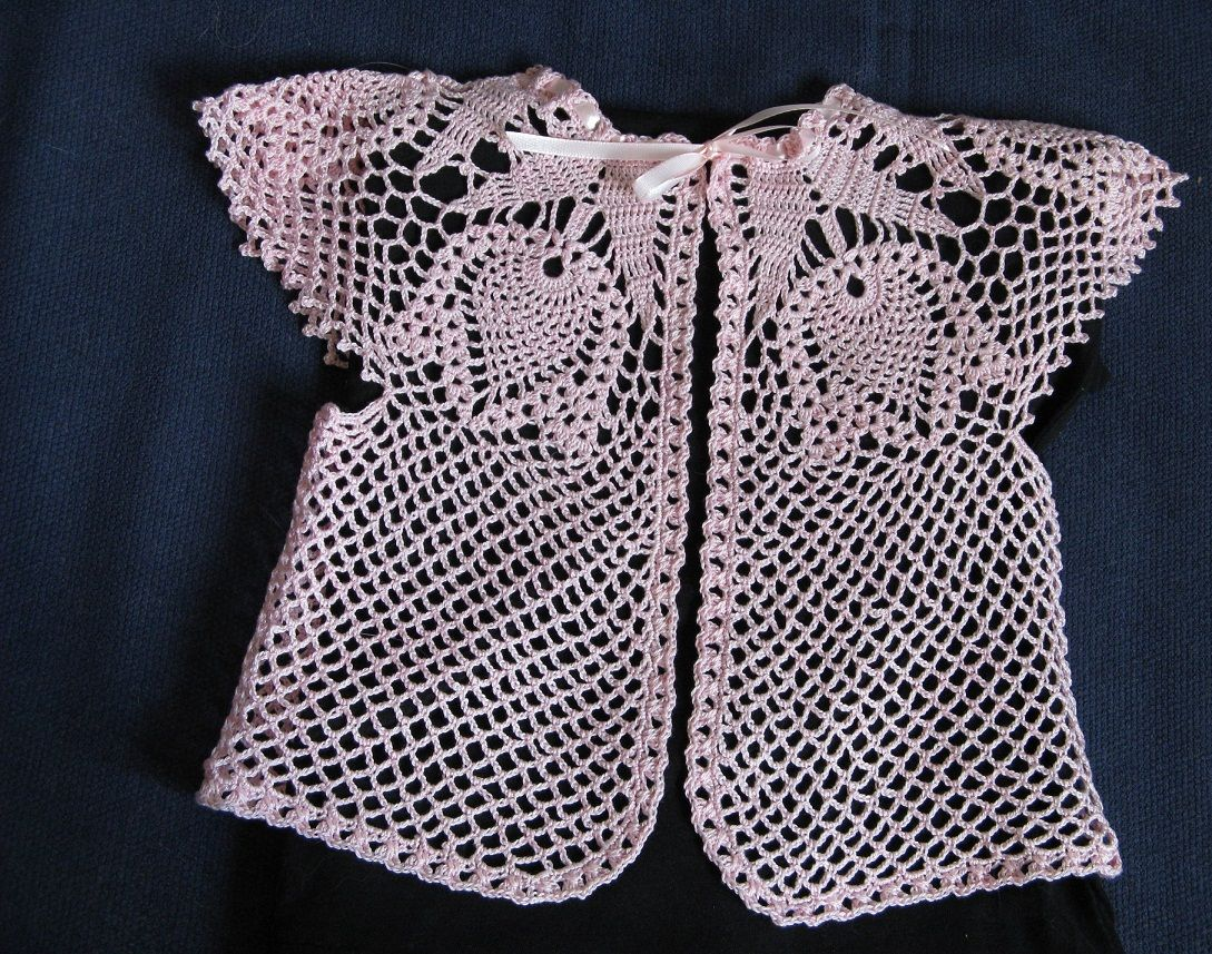 Pin de bayanlar en moda | Pinterest | Manualidades en crochet, Tops ...
