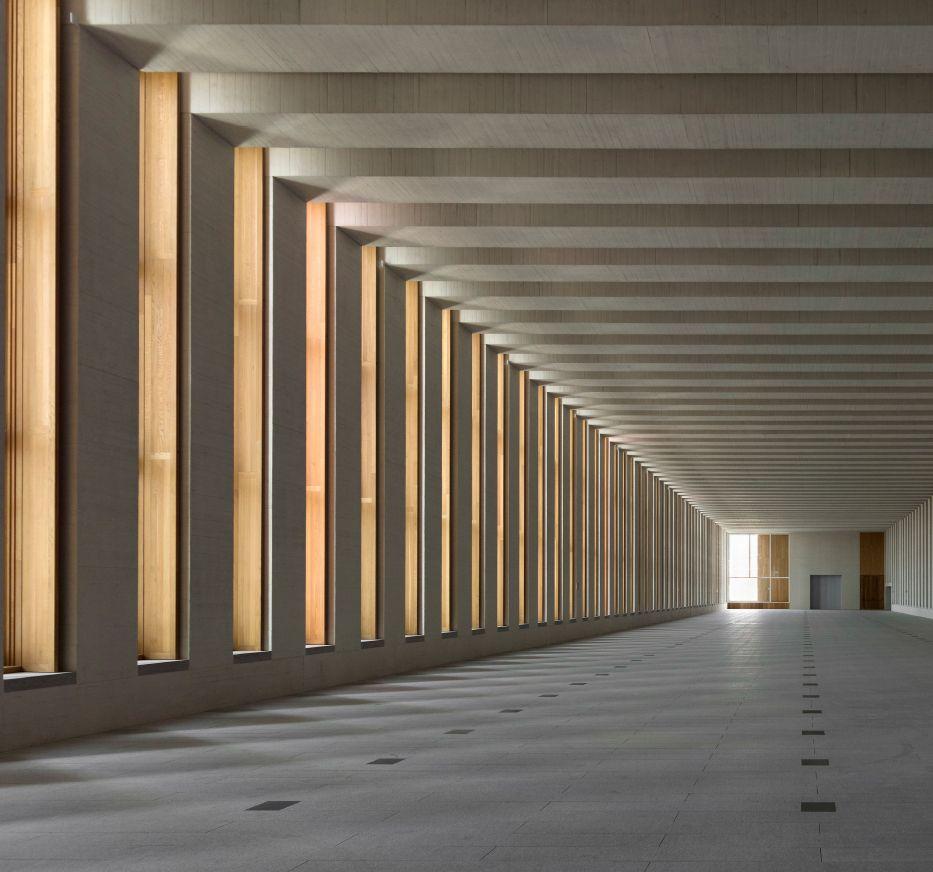 Mansilla Tunon Royal Collections Museum: Premiado BEAU XIII: Museo De Las Colecciones Reales De